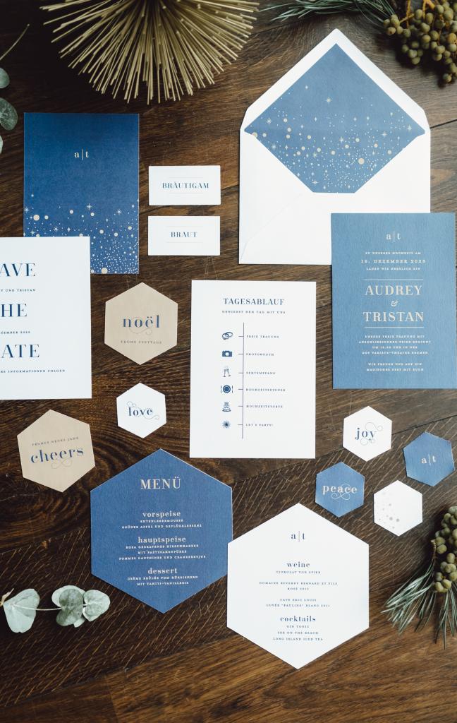 Hochzeitseinladung blau Stern Sylversterhochzeit Weihnachten